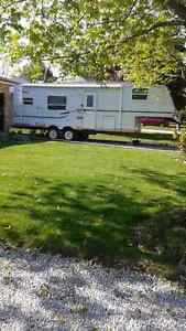 Jayco quest 27ft 5th wheel trailer