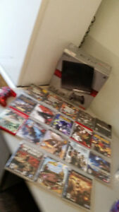 ADULT OWNED BOXED 250GB PS3 SYSTEM WITH LOTS OF GAMES