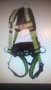 Construction Fall Arrest Full Body Safety Harness, size M