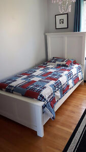 Twin Bed - Like New