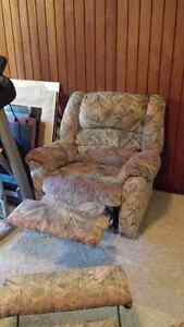 Reclining Couch and Chair Kitchener / Waterloo Kitchener Area image 2