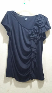 Womens shirts Cambridge Kitchener Area image 3