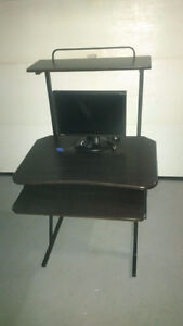 """desk with 19""""monitor"""
