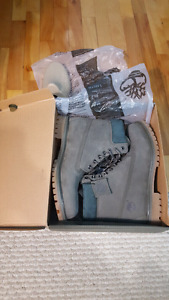 Grey timberlands boots