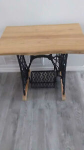 Sewing machine hall table