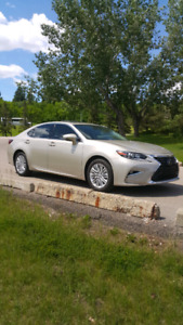 ABSOLUTELY BEAUTIFUL LEXUS ES TOURING EDITION! ONLY 1,253 KMS