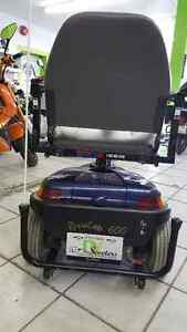 DV Scooters 3 year old Rascal 3 wheeler in excellent condition Cambridge Kitchener Area image 2