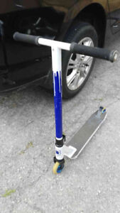 Lucky Scooter, Model CREW, Blue - $130.00