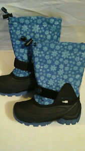 Kamik Waterproof Winter Boots size 12 for kids (brand new)