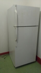 White GE refrigerator great condition