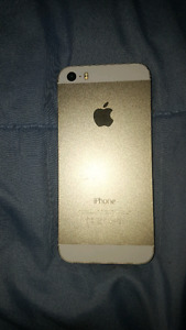 GOLD iPhone 5s 16GB Bell/Virgin Mobile