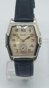 1929 GRUEN Art Deco Men's Watch. great condition.