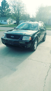 2007  Safetied Ford freestyle AWD limited edition
