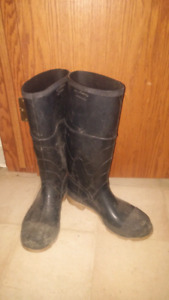 Size 11 Steel Toed Rubber Boot