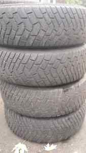 4 winter tires on rims 235/65/16 West Island Greater Montréal image 1