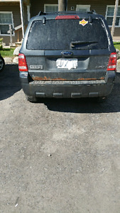 2009 Ford Escape XLT $3200 OBO