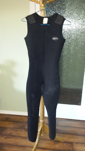 Women's Size 11/12 Wet Suit