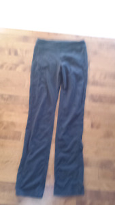Size small yoga pants