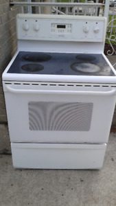 Crosley Glass/smooth top electric stove