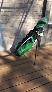 Left Handed MacGregor Junior Golf Clubs