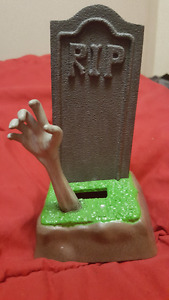 Zombie Cell Phone Holder!