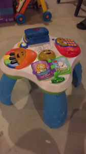 Table d'eveil fisher price