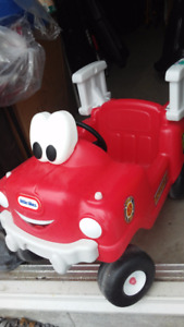Voiture pompier ,Tricycle Huffy HI-LOW,Brouette step2