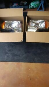 2009-2013 Halogeon Headlights