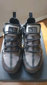 Nike air vapormax UK 5.5 trainers