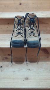 Dakota-2 Construction boots-size 10 Men's