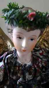 ***BEAUTIFUL TABLE OR TREE TOP CHRISTMAS  ANGEL**** Stratford Kitchener Area image 2