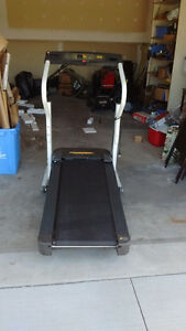 Nice adjustable fold up treadmill
