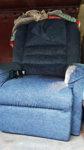 ELECTRIC LIFT CHAIR -