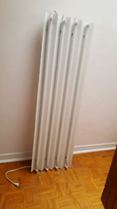 Hydroponic florescent T5 Four foot grow light.