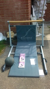 EXERCISE MACHINE (FLUIDITY FITNESS) GREAT CONDITION