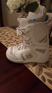 woman's snowboarding boots size 8