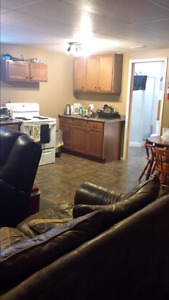 2 Rooms avaliable for Students $450.00 each monthly