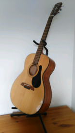 Alvere Acoustic Guitar