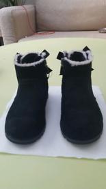 Ugg children boots