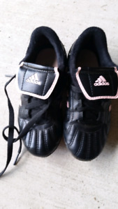 Adidas girls soccer shoes size 10