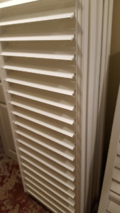 California  wood blinds / white / shutters