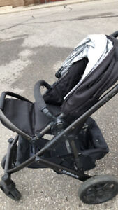 2014 UPPA BABY VISTA STROLLER AND BASS (NEW BASKET AND WHEELS)