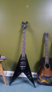 BC Rich JRV flying V guitar (Platinum Seried
