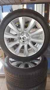 "21"" Range Rover rims with continental cross contact winters"