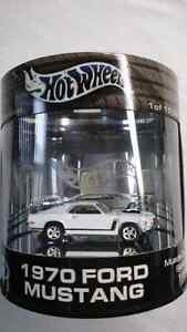 HOT WHEELS DIE CAST 1970 FORD MUSTANG LIMITED EDITION  MINT!!