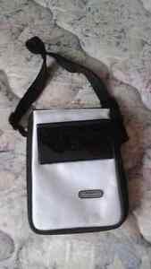 Nintendo DS Lite with charger and carrying case