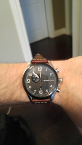 Michael Kors Hanger Watch MK7068 Quartz Watch