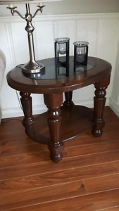 2 pine end tables