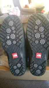 North Face size 7 winter boots Cambridge Kitchener Area image 1
