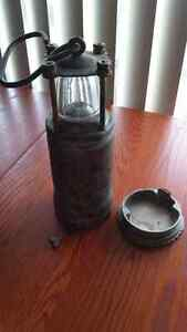 WWII Oldham battery lantern in beautiful condition Downtown-West End Greater Vancouver Area image 6